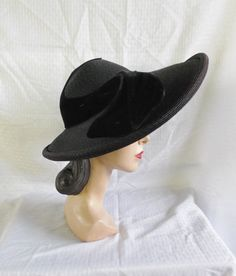 40's 50's Vintage Wide Brim Straw Hat with Velvet Art Deco Trim Noreen Fashions Size 22