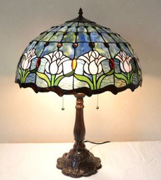 Every piece of our gorgeous Handcrafted lamp is handcrafted with hand cut stained glasses, each piece of glass is using copper foil wrapped around by hand individually, then soldered together. Every lamp is individually handcrafted unique piece. Cool Lamps, Unique Lamps, Tiffany Lamp Shade, Best Desk Lamp, Stained Glass Light, Vintage Lamps, Mosaic Glass, Fused Glass, Table Lamp
