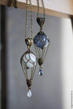 Vintage style chain dangle earrings. Craft ideas from LC.Pandahall.com