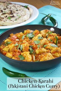 Grab some Naan, Chicken Karahi (or Kadai Chicken) is a fragrant Pakistani Chicken Curry that will have you wanting to savor every last bite! Pakistani Chicken Recipes, Indian Food Recipes, Asian Recipes, Healthy Recipes, Ethnic Recipes, Pakistani Recipes, Pakistani Dishes, Indian Dishes, Chicken Karahi