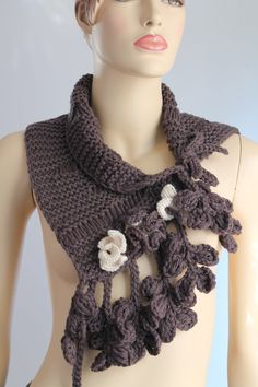 Fall Fashion Hand Knit and crochet Brown Scarf por levintovich