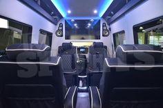 Mayweather desembolsa $300 mil en lujoso 'Party Bus' | A Son De Salsa