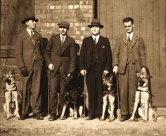 German Shepherd Training: The UK's first guide dogs and their owners, 1931 – Sam ma Dog Training German Shepherd Training, German Shepherd Dogs, German Shepherds, Hiking Dogs, Schaefer, Guide Dog, Dog Activities, Historical Images, Therapy Dogs