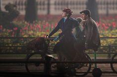 http://Siguen apareciendo más imágenes del set de Mary Poppins