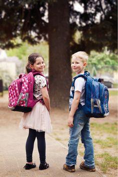 126340fe75 22 nejlepších obrázků z nástěnky School bags  Školní tašky