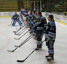 University of Maine Women's Hockey Team #goblackbears #umaine #icehockey