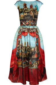 Blue and Red Cap Sleeve Theater Printed Midi Dress US$45.83