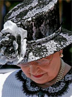 14 fantastiche immagini su cappelli bianchi nel 2019  6bd5edde50b1