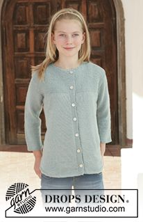 """DROPS 111-18 - DROPS jacket with 3/4 sleeves in """"Alpaca"""". Size S - XXXL. - Free pattern by DROPS Design"""