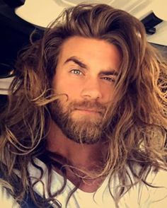 Gorgeous 35 Masculine Long Beards for Men from https://www.fashionetter.com/2017/06/02/35-masculine-long-beards-men/
