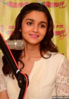 Alia Bhatt looks gorgeous in makeup by Vardad Nayak and hair by stylist Ayesha DeVitre. via Voompla.com