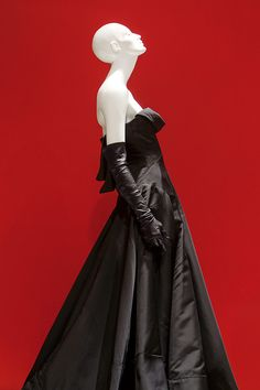 The Little Black Dress exhibition Riccardo Tisci for GIVENCHY, F/W 2006 HC : SCAD Museum of Art