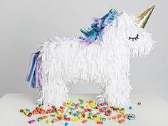 Tutoriel DIY: Fabriquer une piñata licorne en carton via DaWanda.com