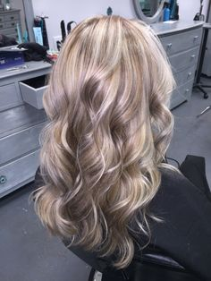 Ash Cool Blonde Lowlights and Highlights medium haircut dye