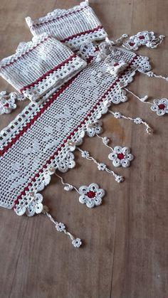 voilage fleurs au crochet d'art 45cm de large ambiance belliloise
