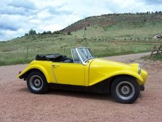 1968 Arkley SS - From the side it is more obvious that it is based on the Austin Healy Sprite.