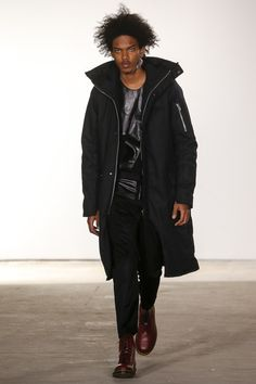See the complete Siki Im Fall 2016 Menswear collection.
