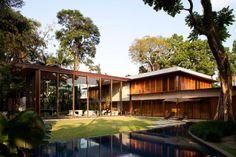 Residência DB | Bernardes + Jacobsen - Arquitetura - via http://bit.ly/epinner
