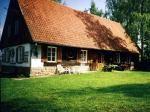 Perła, zabytkowa chata w Zwierzynieckim Rogu