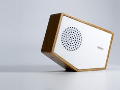 Luka Or, of design firm Luka, has created a minimalistic radio with a novel, interactive design. The radio was built using something called ...