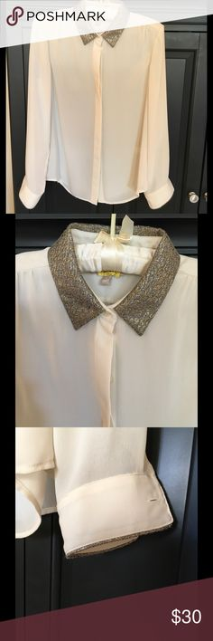 Banana Republic Blouse Beautiful cream blouse with gold and black collar and detail on sleeve Banana Republic Tops