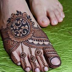 Henna Tattoo Designs Simple, Khafif Mehndi Design, Full Hand Mehndi Designs, Mehndi Designs For Beginners, Mehndi Designs For Girls, Wedding Mehndi Designs, Mehndi Designs For Fingers, Dulhan Mehndi Designs, Mehndi Designs For Hands