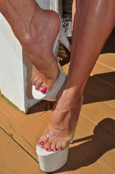 Find Sexy Mules for Sale! Sexy Legs And Heels, Hot High Heels, Platform High Heels, High Heels Stilettos, High Heel Boots, Platform Mules, Sexy Sandals, Bare Foot Sandals, Talons Sexy