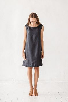 Washed and soft linen dress without pockets (if you need pockets please leave a note about pockets). Fabric quality: We are using only first class, certificated medium weight Baltic linen. You can find FABRIC SWATCHES here: