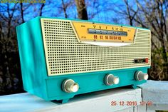 """AQUAMARINE AM/FM Retro Vintage Mid Century Olympic Model FM-15 Tube Radio Rare, Functional and Near Mint Condition! DIMENSIONS: Approximately 12"""" x 5.5"""" x 6"""" (l"""
