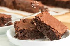 A Forma 1-es világhírű brownie titkos receptje | Életem ételei Brownies, Sweet Recipes, Food, Posts, Shapes, Cake Brownies, Messages, Essen, Meals