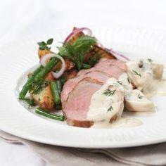 Oppskrift på Helstekt svinefilet med soppsaus