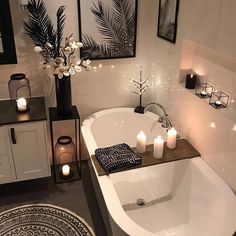 We love small bathroom inspiration paint colors master bat - lowesbyte Contemporary Bathrooms, Modern Bathroom, Small Bathroom, Bathroom Wall, Contemporary Couches, Bathroom Laundry, Bedroom Modern, Remodel Bathroom, White Bedroom