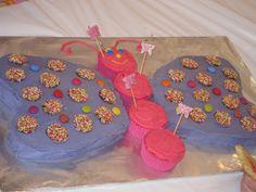 Butterfly Birthday Cake: Cupcake center