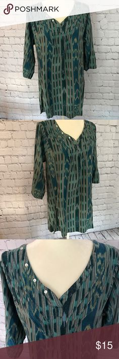 """The Territory Ahead hippie style tunic top Very cool vintage style hippie tunic. 3/4 sleeve size Large Armpit to Armpit 21"""". Armpit to bottom Hem 20"""". Multi color. 100% Cotton   Bin 10 The Territory Ahead Tops Tunics"""