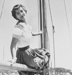 Irene Papas. 1952 Irene Papas, Greek Beauty, Katharine Hepburn, Best Actress, Back In The Day, Film Festival, High Waisted Skirt, Cinema, Ballet Skirt