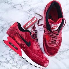 Sneakers For Girl : Nike Air Max 90 Anniversary Red Velvet Air Max Sneakers, Red Sneakers, Girls Sneakers, Sneakers Nike, Nike Trainers, Nike Shoes Cheap, Nike Free Shoes, Nike Shoes Outlet, Running Shoes Nike