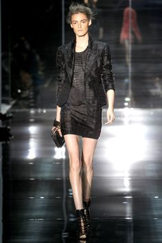 Tom Ford Spring 2014 RTW - Review - Fashion Week - Runway, Fashion Shows and Collections - Vogue