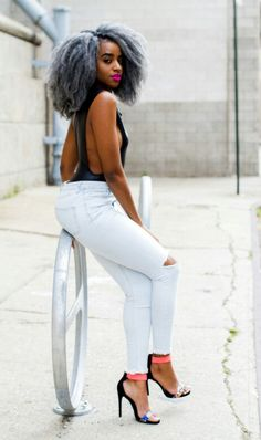 silver hair, black women hair inspiration, curly hair, denim outfit, summer outfit inspiration, afro hair