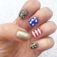 patrioticnails.quenalbertini: 4th of July Nail Art by kaitlingeddings