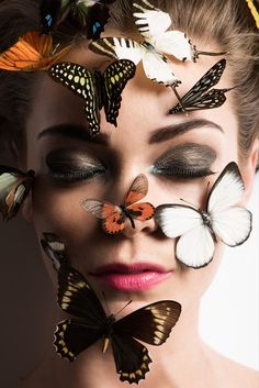 Beauty Editorial Butterflies with photos by Marco di Filippo and styling by Lena Schleweis for Butterfly Fashion, Butterfly Face, Butterfly Images, Butterfly Kisses, Butterflies, Art Photography Portrait, Surrealism Photography, Beauty Photography, Creative Photography