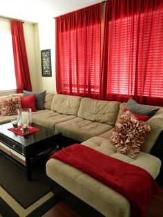 simple, comfy living room for a tv room (would have different colors) - Home Decor Idea Living Room Red, Living Room Color Schemes, Living Room Colors, Home And Living, Living Room Designs, Living Spaces, Red Curtains Living Room, Kitchen Living, Modern Living