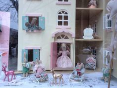 Le Toy Van Cherry Tree Hall & Maileg Mice at Merveilles Kidstore in Rodez, France.