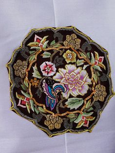Korean Embroidery | 출처: shaire productions