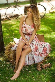 Vestidos floreados de moda casual 2013  http://vestidoparafiesta.com/vestidos-floreados-de-moda-casual-2013/