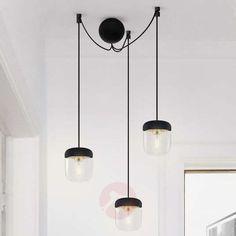 Pendellampe Acorn i sort og stål - 3 lyskilder Pendant Lamp, Pendant Lighting, Lamp Light, Light Bulb, In Natura, Suspension Design, Lighting Manufacturers, Black Lamps, Messing