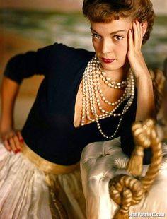 Jean Patchett 1949