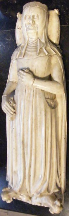 Jean de France 1349, France, Paris - St Denis http://www.themcs.org/costume/Female/France%20Paris%20-%20St%20Denis%20Jean%20de%20France%201349%201215.JPG
