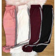 Jen x Maknae line Teenage Outfits, Lazy Outfits, Tumblr Outfits, Teen Fashion Outfits, Sporty Outfits, Trendy Outfits, Cute Sweatpants, Cute Swag Outfits, Mode Hijab