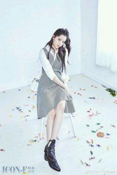 angelababy New Fashion, Womens Fashion, Style Fashion, Angelababy, Fashion Poses, Snsd, Funny Cute, Ulzzang, Asian Girl