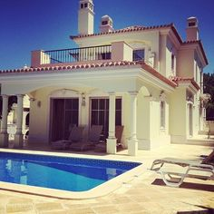 <3Love this house
